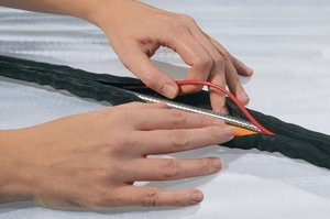 Helagaine Twist-In gives easy access to cables and wires for inspection, maintenance and assembly.