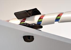 Det mycket låga pilspetsfästet är speciellt gjort för installatoner med begränsat utrymme