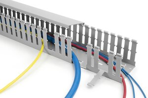 HTWD-PW wiring ducts with wide fingers and slots for large-diameter wires.