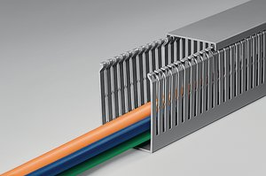 HTWD-PN wiring ducts with narrow fingers and slots for small-diameter wires.