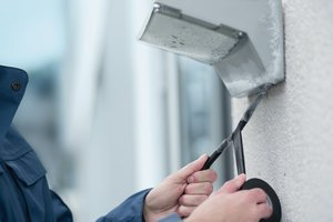 Taśma HelaTape Flex 1000+ klasy Premium nadaje się wyśmienicie do montażu także w niskich temperaturach.