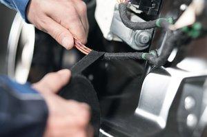 HelaTape Protect 180 est très flexible et utilisé pour la mise en faisceau