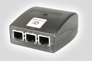 The iD Active Coolport Bus Manager provides additional connectivity for active networks